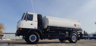 camion de carburant TATRA T815 - 200R41 19225