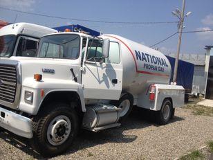 camion de gaz FORD l8000
