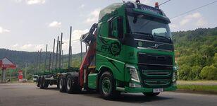 camion forestier VOLVO FH13 540 6x4 + UMIKOV