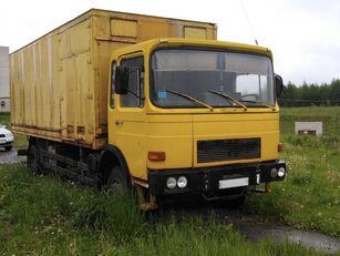 camion fourgon MAN 14-192