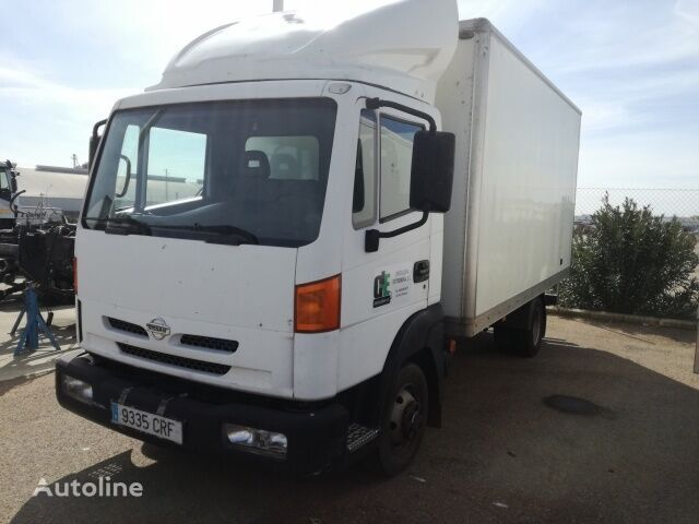 camion fourgon NISSAN ATLEON 120