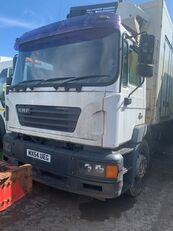 camion frigorifique ERF ECM 2004/2003 BREAKING FOR SPARES pour pièces détachées