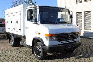 camion à glaces MERCEDES-BENZ Vario613D ICE-33°C 182tkm Radstand3150 Euro 5