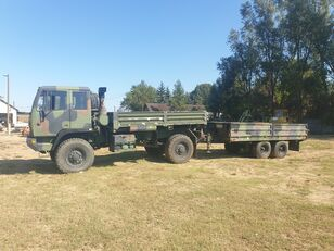 camion plateau Stewart & Stevenson neuf