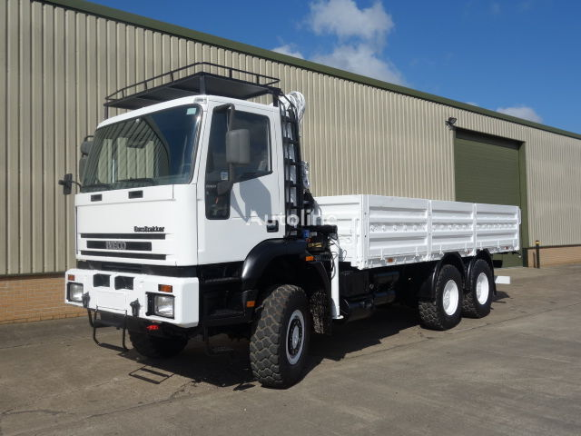 camion plateau IVECO 260E37