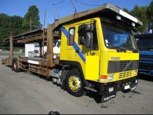 camion porte-voitures VOLVO FL10