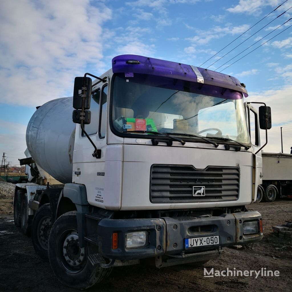 camion malaxeur MAN 32.364