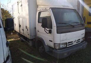 camion fourgon < 3.5t NISSAN CAPSTAR